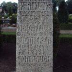 Grave og mindesten på Broager Kirkegård, mindesten over Karl Klinke