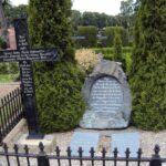 Grave og mindesten på Broager Kirkegård, mindesten over alle døde fra 73 regiment