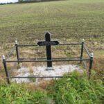 Grave og mindesten på Kær, krigergrav med 15 danske faldne