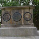 Monument på Königshügel eller Kongshøj, ornamenter