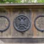 Monument på Königshügel eller Kongshøj, ornamentik