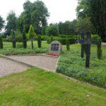 Grave på Rinkenæs kirkegård, gravlunden