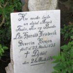 Grave og mindesten på Sct Maria kirkegård, løjtnant Benzon